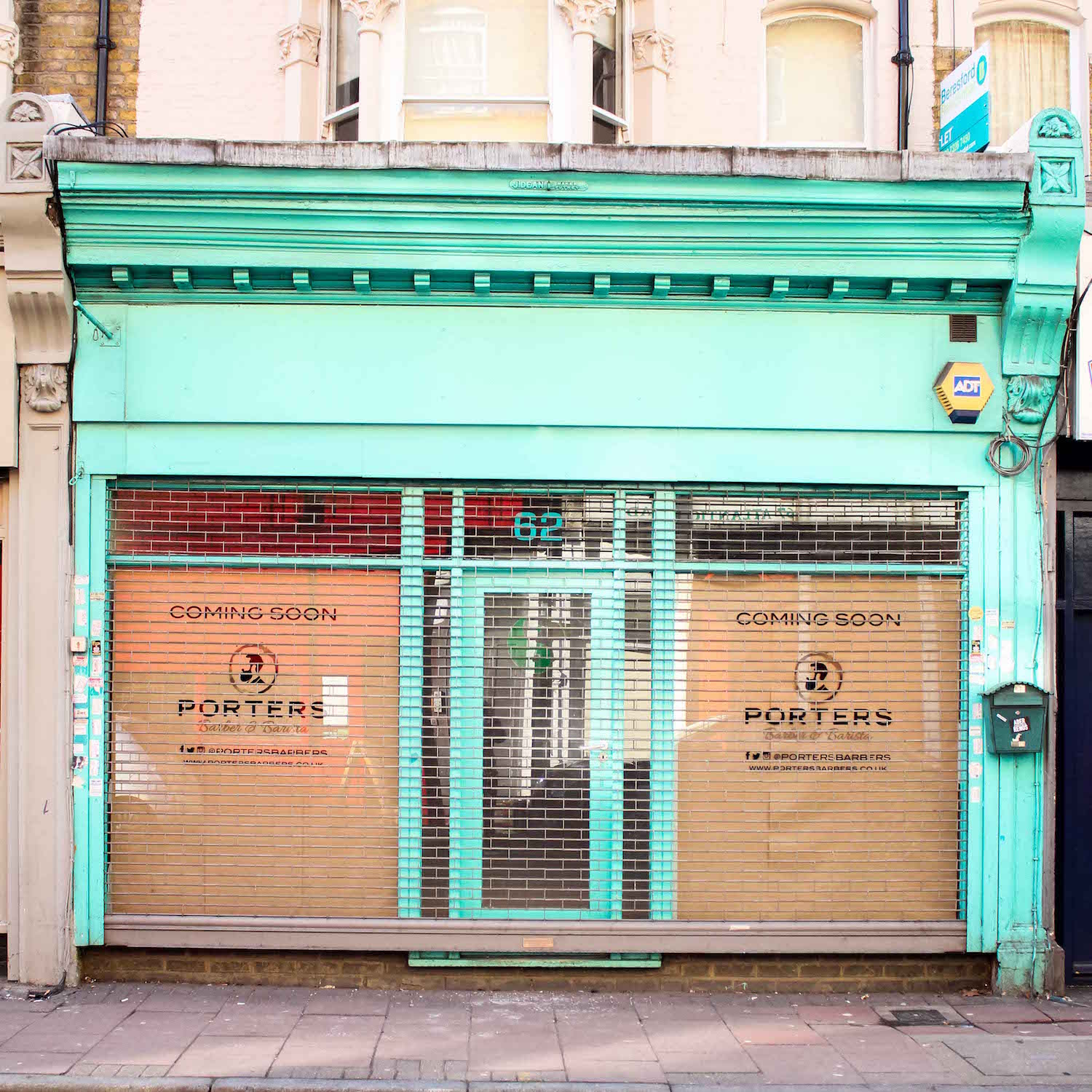 http://www.portersbarbers.co.uk/wp-content/uploads/Brixton-Shop-1.jpg