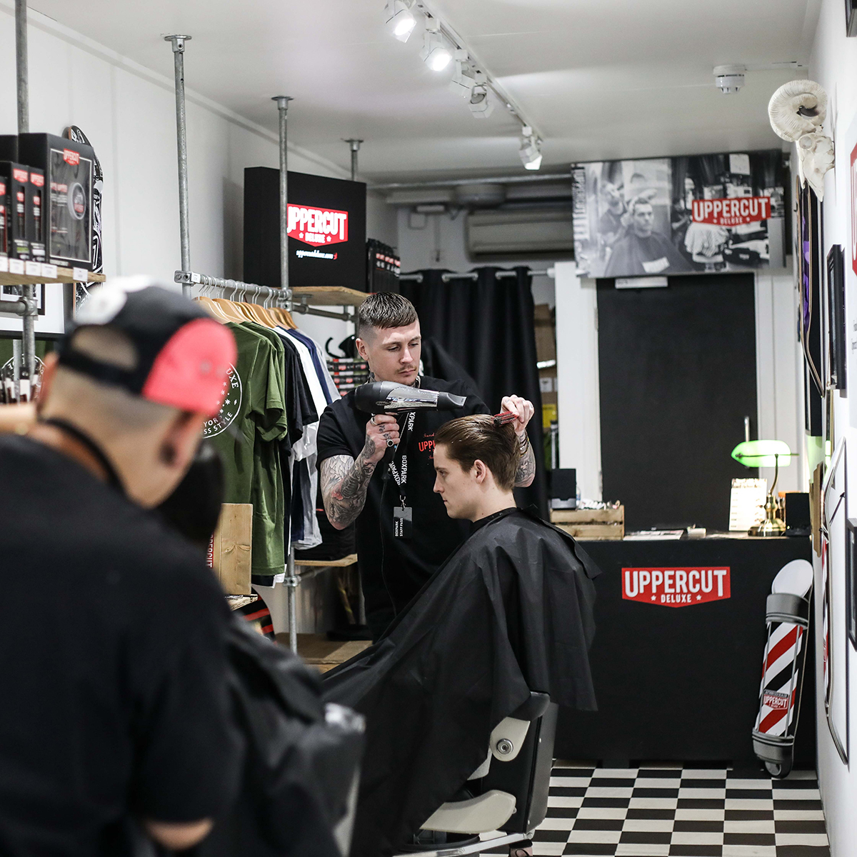 http://www.portersbarbers.co.uk/wp-content/uploads/UPPERCUT-2.jpg