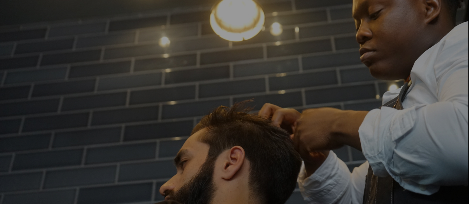 https://www.portersbarbers.co.uk/wp-content/uploads/2016/09/img02.jpg
